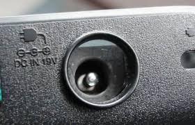 reparación conector de carga portátil